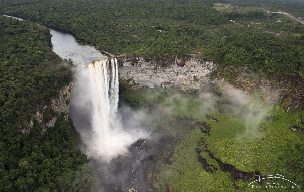 Kaieteur Falls, 226 meters high. No waterfall in the world with that amount of water is higher. © Daniel Rosengren
